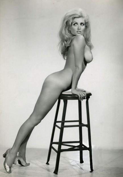Amateur nude dancer photos